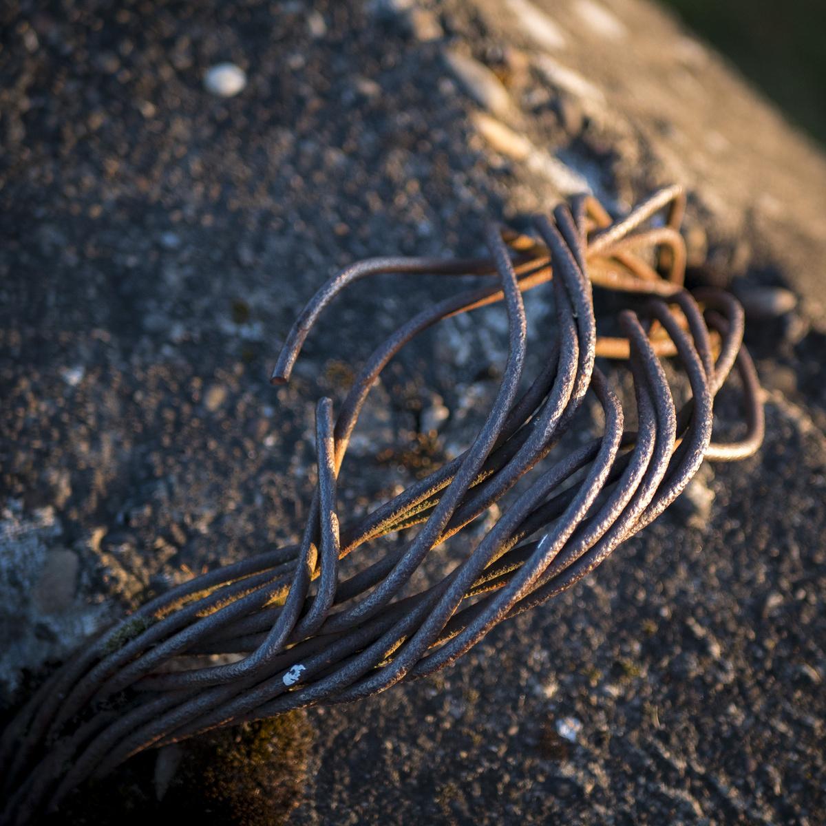 metal strung