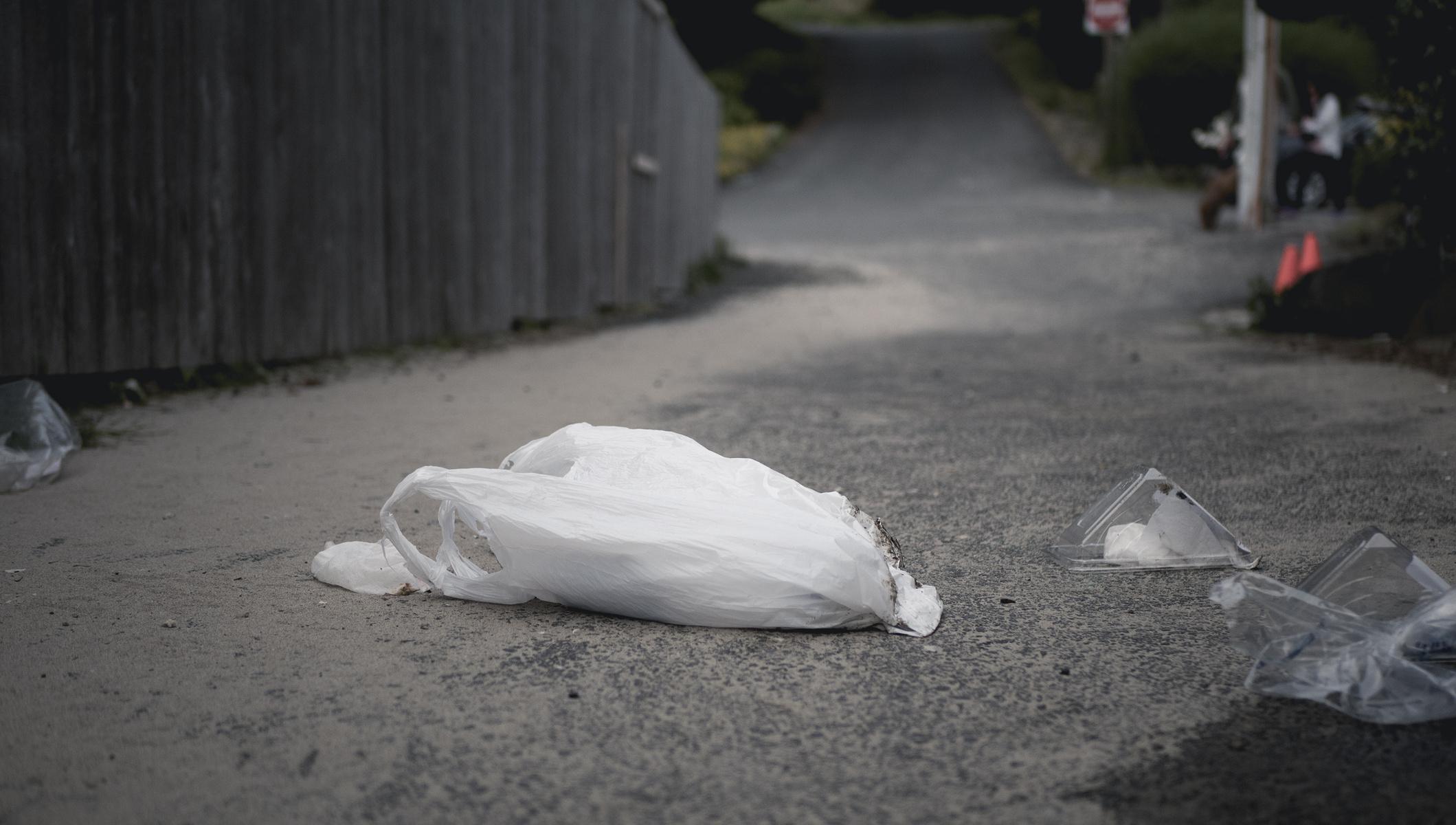 littered